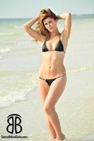 black-thong-bikini05